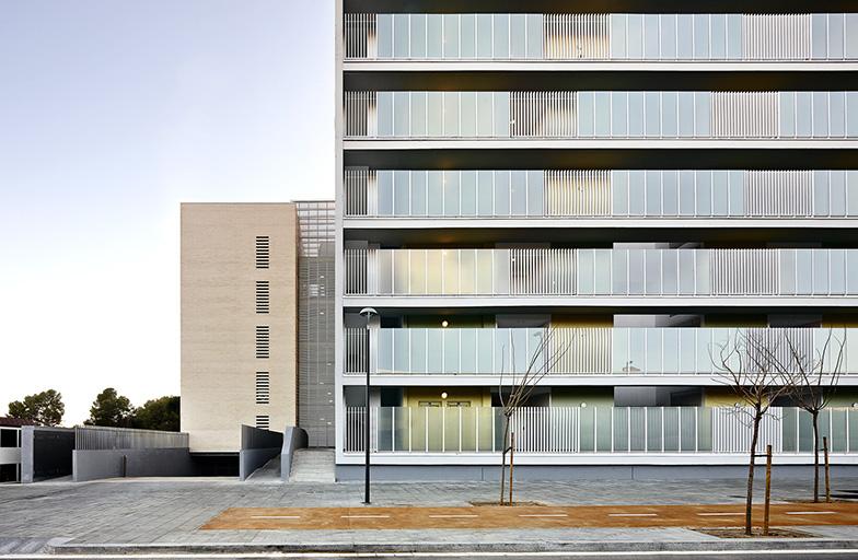 S 1 2 1 0905 trs tac arquitectes - Arquitectos terrassa ...