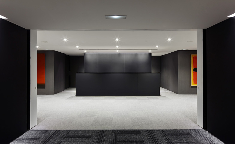 Office refurbishment in diagonal tac arquitectes for Office refurbishment