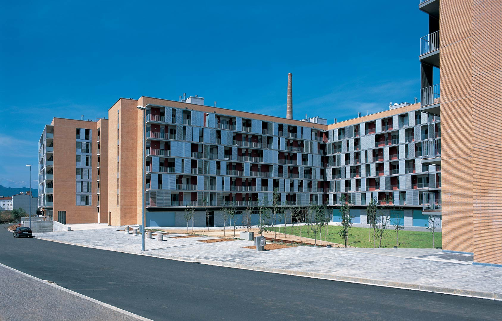 """Residential Complex """"Els Químics"""""""