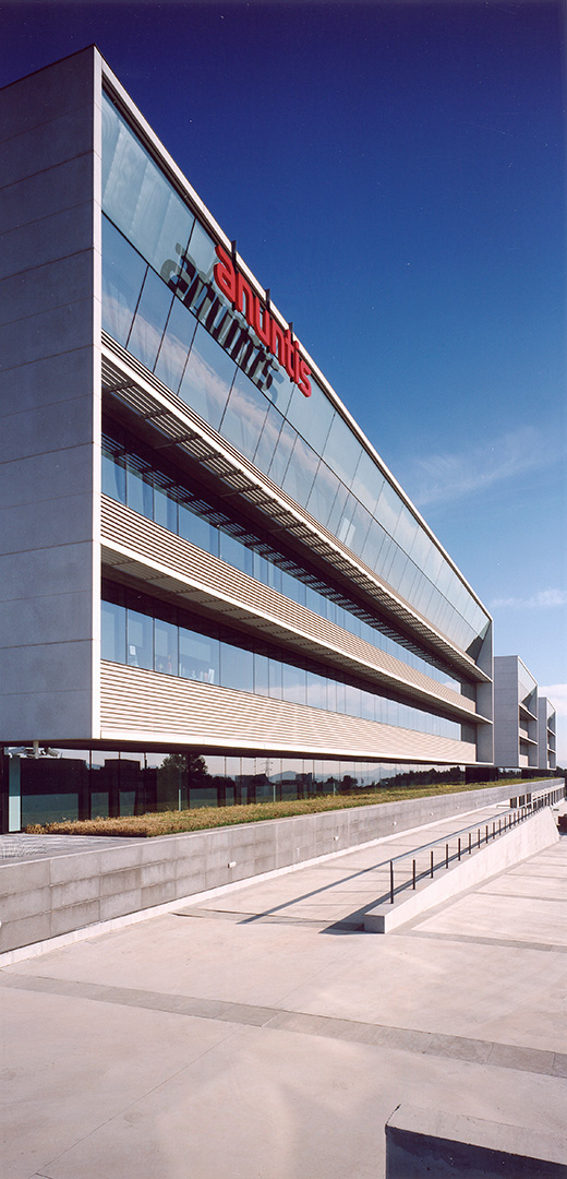 Sant Joan Nord Office Building