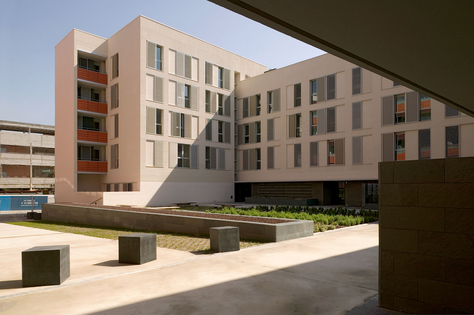 Uriach - Housing and public space